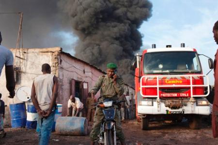 Mali'de Araç Patlaması 13 kişi öldü