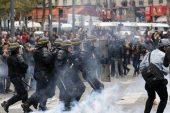 Bakan şiddetle suçlanıyor: protestolar Fransa'da başladı