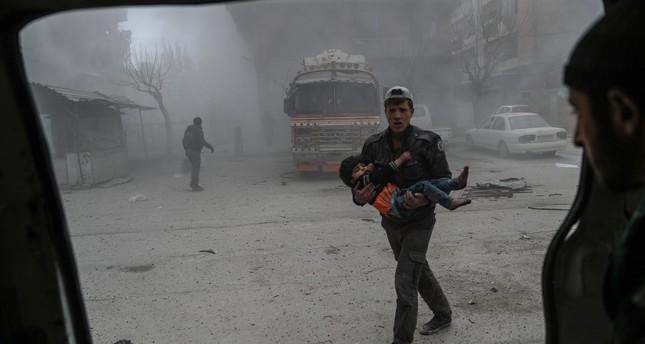 Erdoğan ve Macron: BM destekli ateşkesin Suriye'de 'derhal' uygulanması gerekiyor