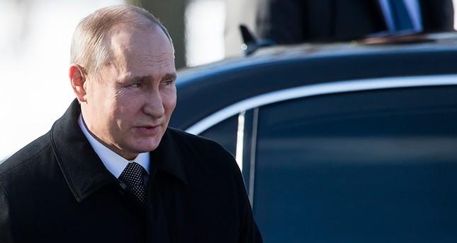 Putin, Suriye'deki durumu Macron, Merkel ile tartışıyor