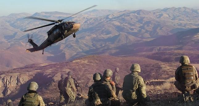 Kuzey Irak'ta 12 PKK terörist öldürüldü