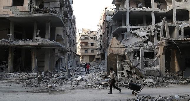 Şiiler doğu Ghouta'daki rejim gelişmelerinden şiddet arttıkça kaçıyor