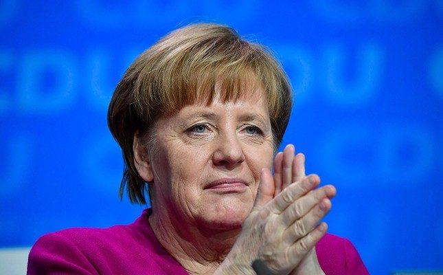 Alman SPD, Merkel'in CDU'yla yeni koalisyonunu onayladı