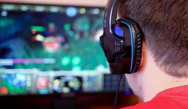 Beyaz Saray'da Video Oyunlarında Şiddet Tartışması