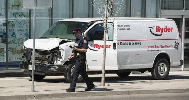 Kanadada Araç Yayaları Ezdi 10 Ölü