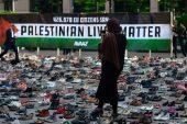 İsrail Şiddeti'ni protesto etmek için AB Konseyi'ne 4.500 ayakkabı koydu