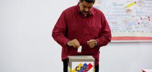 Maduro'nun yeniden seçilmesini istediği için Venezuela'da anketler açıldı