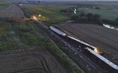 Feci Tren Kazası 24 Ölü 124 Yaralı Var