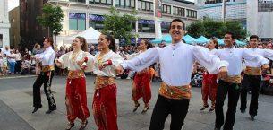 Türk vatandaşı, 193 ülkenin 170'inde yaşıyor: eğitim