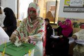 Pakistanlılar, taraflar arası, militan şiddete rağmen sandık başına gidiyor