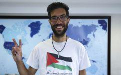 Filistin, 5000 kilometrelik yürüyüşten sonra İsveçli aktivist Ladraa'ya vatandaşlık hakkı verdi