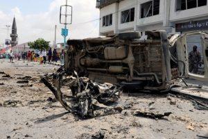 Somali'nin içişleri bakanlığına yönelik terör saldırısı 9' Ölü