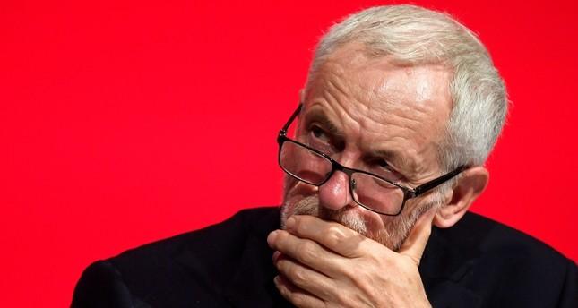İngiltere'nin İşçi Partisi, Brexit anlaşmasının parçalanmasıyla birlikte yeni referanduma destek veriyor