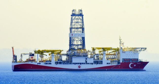 Türkiye'nin ilk sondaj gemisi Fatih bu hafta Akdeniz'de derin deniz operasyonunu başlattı