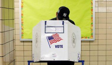 ABD anketleri Trump için kritik bir ara sınavda açıldı