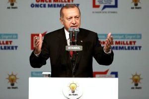 Erdoğan, 40 ilde AK Parti'nin belediye başkan adaylarını açıkladı