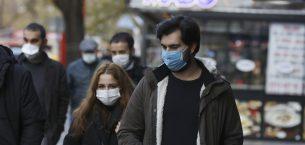 Türkiye günde 32.000'den fazla virüs vakası bildiriyor